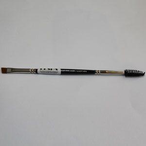 Eyebrow angle brush and comb